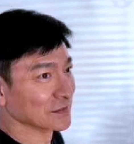 刘德华误发显老生图秒删怎么回事?59岁刘德华仍有偶像包袱